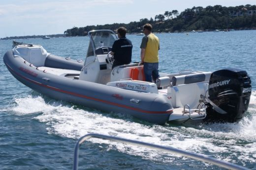 NUOVA JOLLY MARINE King 750 in Lège-Cap-Ferret peer-to-peer