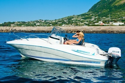 Rental Motorboat QUICKSILVER 555 Ischia