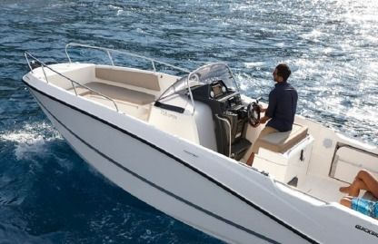 Rental Motorboat Quicksilver 755 Open Palamós