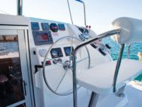 Catamaran Leopard - Robertson & Caine 384 for hire