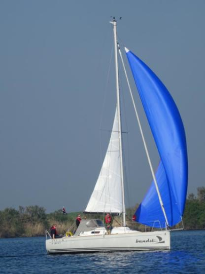 Charter Sailboat Beneteau First 27.7S Kortgene