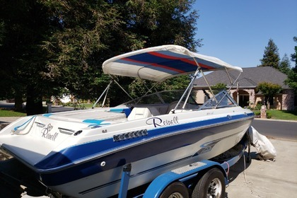 Hire Motorboat Reinell 220 South Lake Tahoe