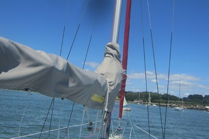 Rental Sailboat Jeanneau Fantasia Pluneret