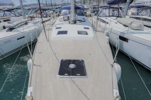 Beneteau Oceanis 60 in Seget Donji for hire