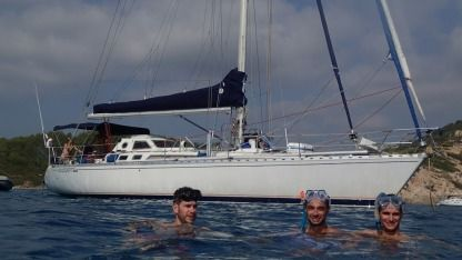Rental Sailboat Beneteau First 456 Hyères