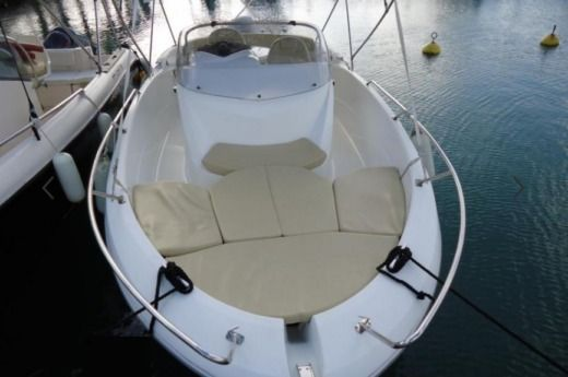 BENETEAU Flyer 6.50 in Pointe-à-Pitre for hire