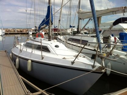 Charter Sailboat Yachting France Jouet 27 Le Grau-du-Roi