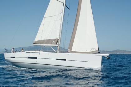 Rental Sailboat DUFOUR DUFOUR 560 Zadar