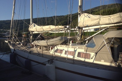 Hire Sailboat Southern Ocean Shipyard Poole UK Ocean 60 Ponta Delgada