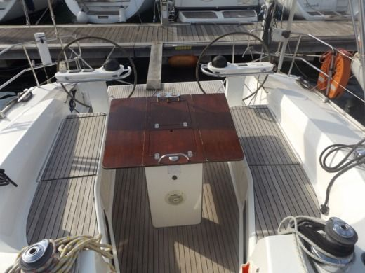 Sailboat BAVARIA 45 Cruiser for hire