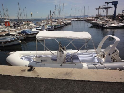 Charter rIB in La Ciotat peer-to-peer
