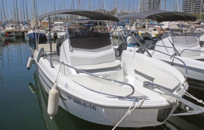"Charter Motorboat Beneteau Flyer 6.6 Spacedeck - ""tonik"" L'Estartit"