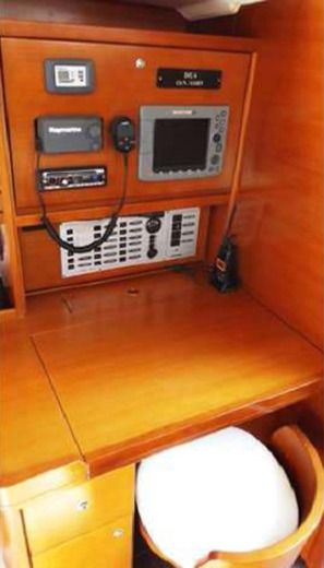 Sailboat Dufour 45 Performance peer-to-peer