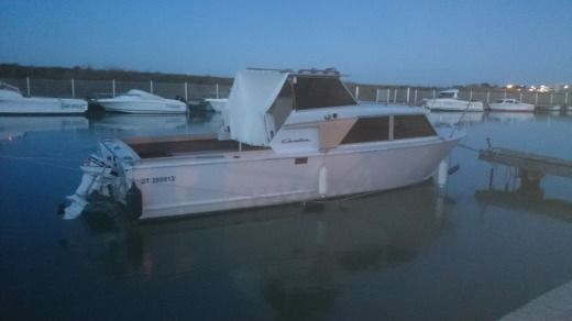 Chris-Craft Vedette in Palavas-les-Flots for hire
