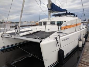 Charter Catamaran Lagoon 380 Long Beach