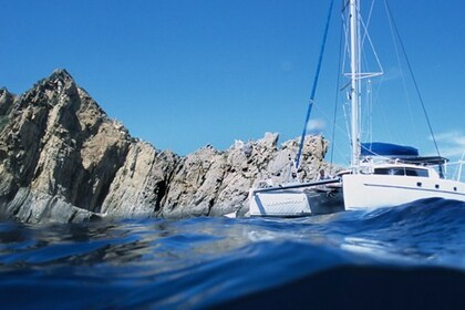 Charter Catamaran FOUNTAINE PAJOT BELIZE 43 Hyères