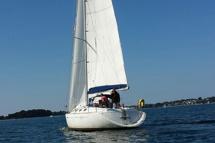 Location Voilier BENETEAU FIRST 35.7 Baden