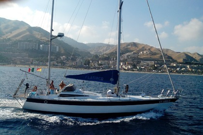 Hire Sailboat JEANNEAU DYNAMIQUE 44 Messina