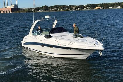 Hire Motorboat Four Winns Vista 328 Miami
