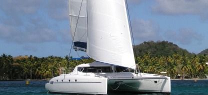 Location Catamaran Fountaine Pajot Bahia 46 Le Marin