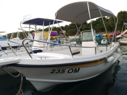 Rental Motorboat Arta Mala Njivice