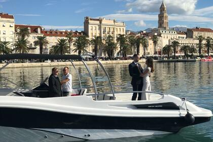 Hire Motorboat MERCAN YACHTING 34 Split