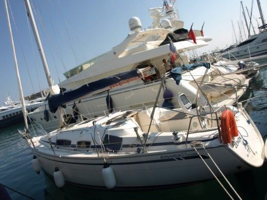 Sailboat BAVARIA Bavaria 31 for hire