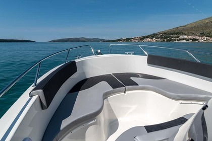 Rental Motorboat Atlantic 670 Open Trogir