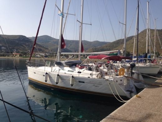 Beneteau Oceanis 373 Clipper in Athens for hire