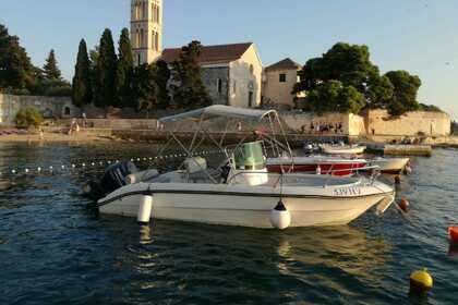 Rental Motorboat FISHER 20 Hvar
