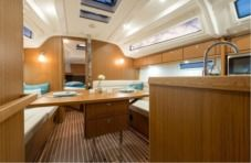 Sailboat Bavaria 37 Cruiser