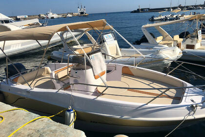 Hire Motorboat Bluline 21 Pantelleria