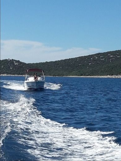 Luka M-Sport 525 in Vodice for hire