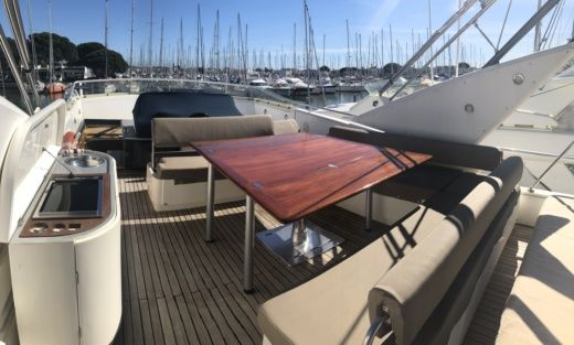 Guy Couach 2100 Fly in Saint-Tropez for hire