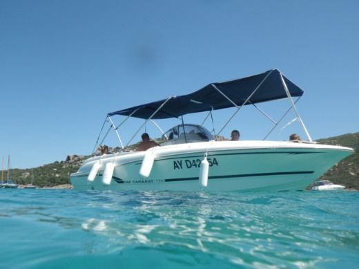 Charter motorboat in Porto-Vecchio peer-to-peer