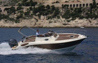 Rental Motorboat Eolo 750 Day Marseille