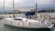 Charter sailboat in Punta Ala