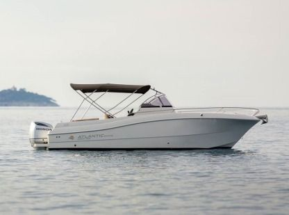 Charter Motorboat Atlantic Marine 750 Open Trogir