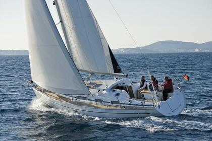 Rental Sailboat BAVARIA BAVARIA 38 Athens