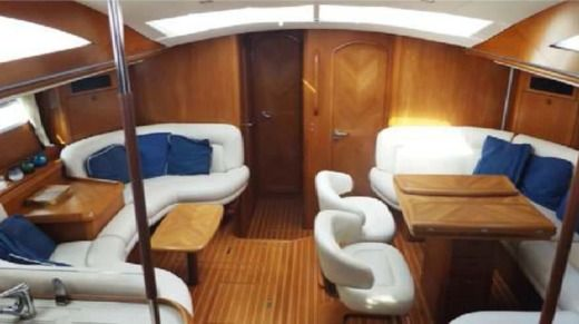 Sailboat JEANNEAU 54 peer-to-peer