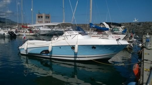 Motorboat BENETEAU FLYER 850 SUNDECK MIAMI for hire