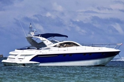 Hire Motorboat FAIRLINE TARGA 52 Cascais