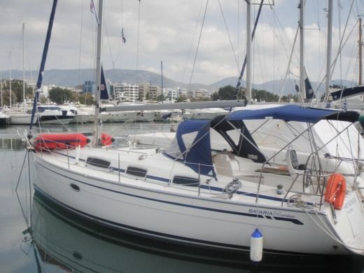 BAVARIA 34 CRUISER in Alimos for hire