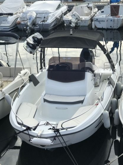 Rental Motorboat Beneteau Flyer 6 Space Deck Six-Fours-les-Plages