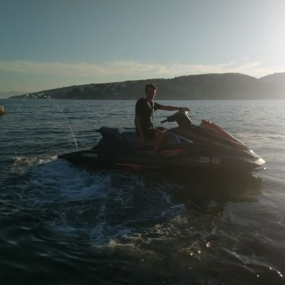 Location Jet-ski Yamaha Wave Runner Sumartin