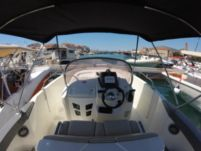 Motorboat Karnic 2251 Open for hire