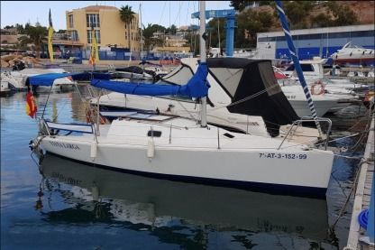 Rental Sailboat Decision 7.5 Cabo Roig