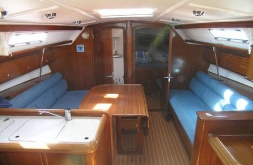 Sailboat Bavaria 36 (Ema) for hire