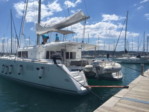 Catamaran Lagoon Lagoon 450 for hire