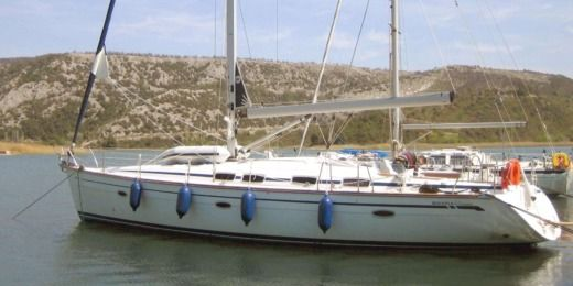 Rental sailboat in Athens